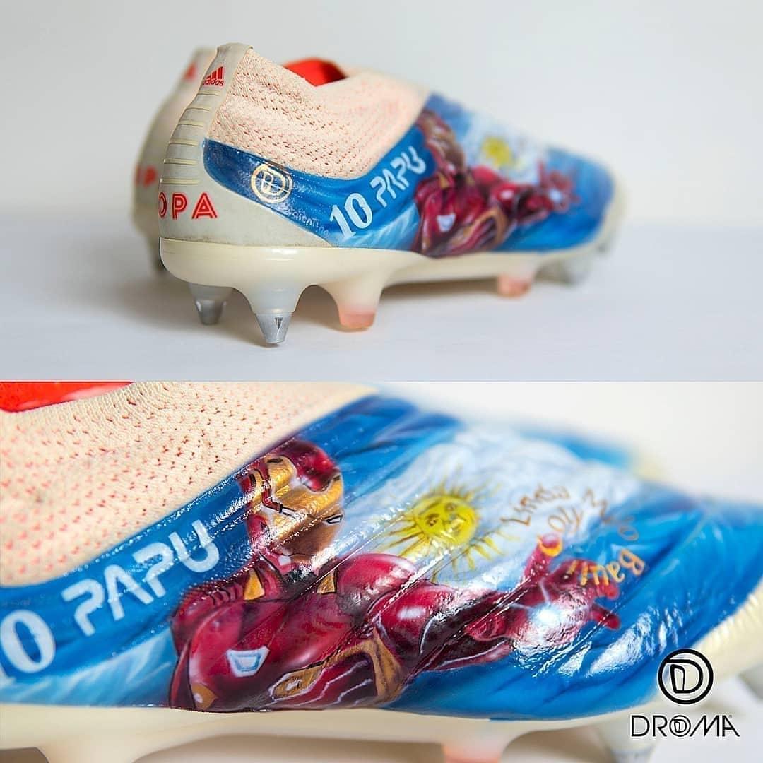 Personalizzazione materiale Scarpe Negozio di calcio